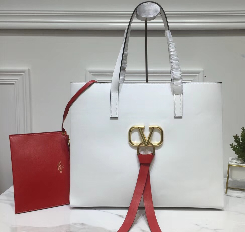 IMG 90408a 120 cr - Valentino E/W Large VRing Shopping Tote Bag 2019