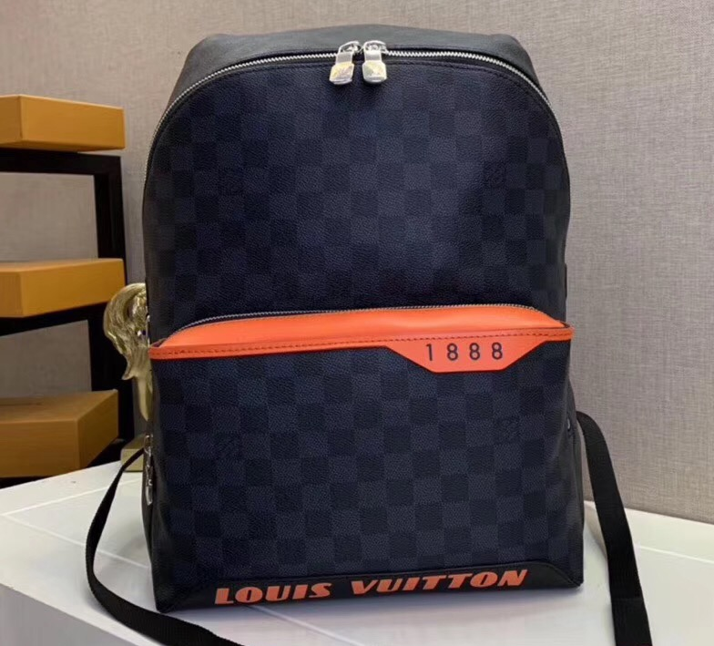 IMG 90721a 49 cr - Louis Vuitton Discovery Backpack PM Bag 2019