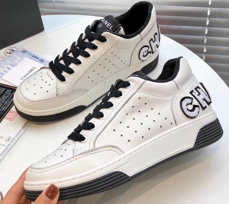 IMG 200317ss 634 cr - Chanel Calfskin Sneakers G35934 2020