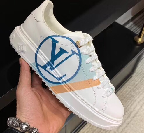 IMG 200324a 130 cr - Louis Vuitton Time Out Sneakers with Graphic Stripe and LV Circle 2020