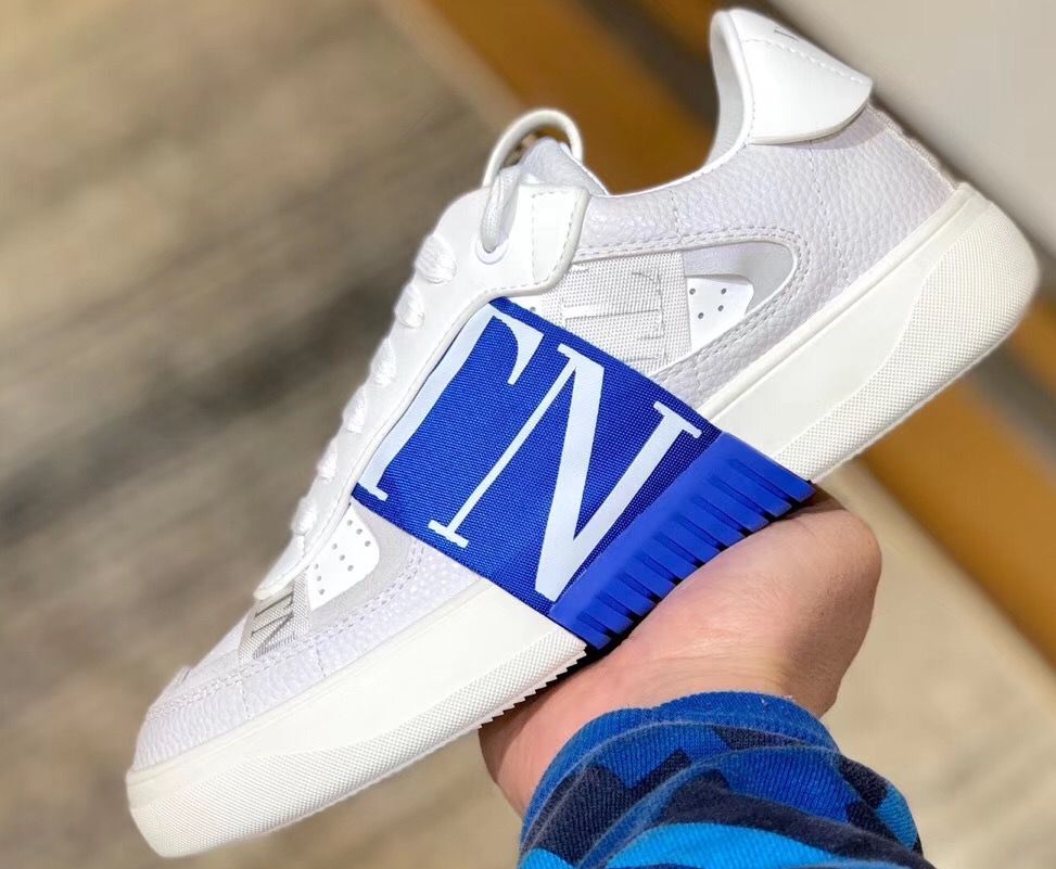 IMG 200324a 250 cr - Valentino Calfskin VL7N Sneakers with Bands 2020