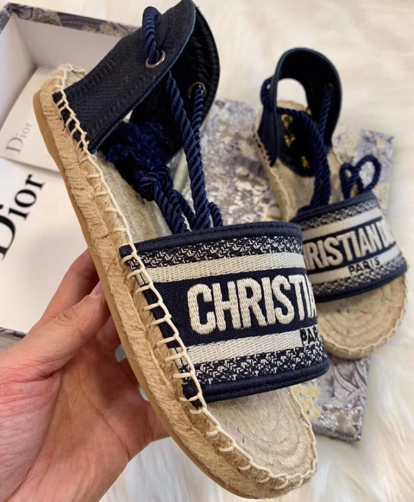 IMG 200425s 240 cr 845x1024 - Dior Embroidered Cotton Espadrilles Sandals 2020