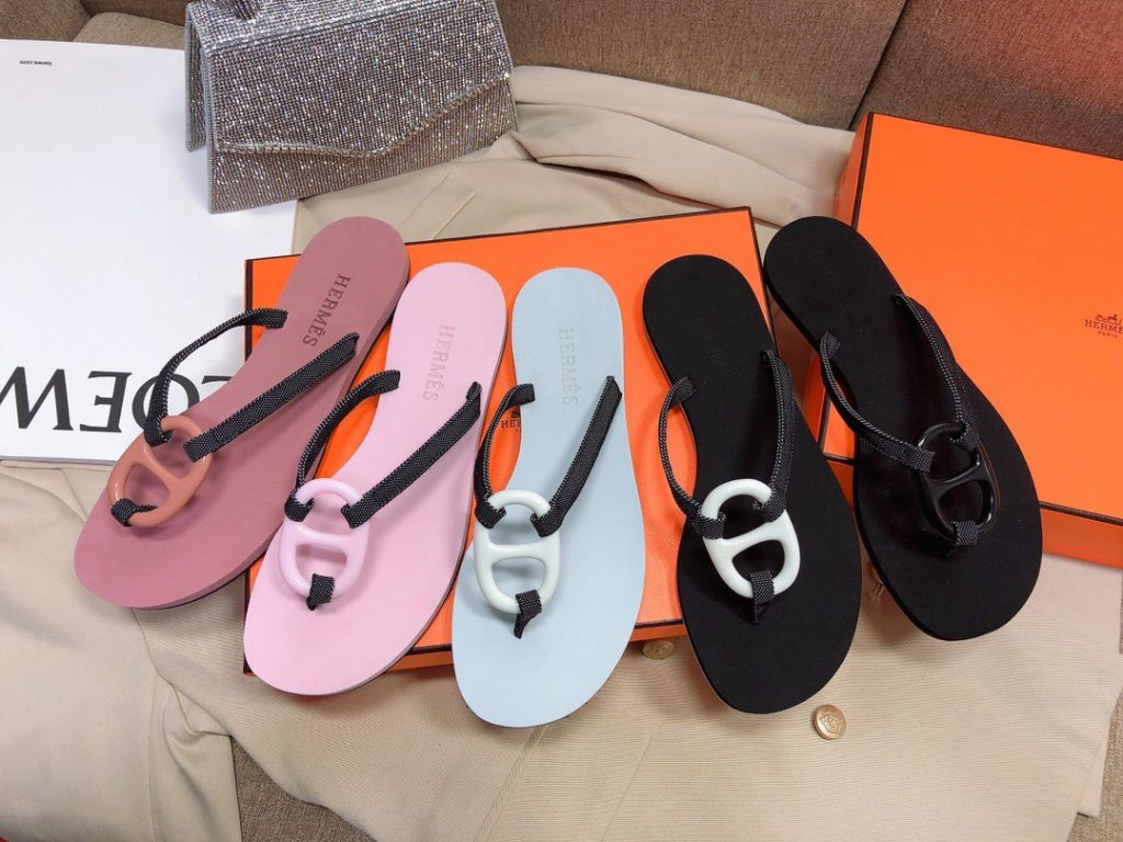IMG 200603h 3 1024x768 - Hermes Kala Nera Chaine D'ancre Flip Flops Thongs Sandals