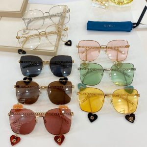 IMG 200619a 2266 300x300 - Gucci Sunglasses with Interlocking G Detachable Heart Charms 2020