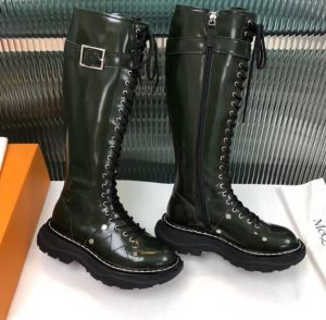 IMG 200820c 2 cr 300x294 - Alexander McQueen Tread Lace Up Boots 2020