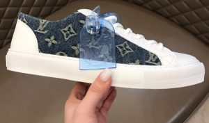 IMG 200904m 1498 cr 300x177 - Louis Vuitton Tattoo Men's Sneakers Top Quality