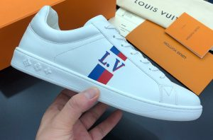 IMG 200904m 1700 cr 300x198 - Louis Vuitton Luxembourg Men's Sneakers Top Quality