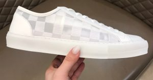 IMG 200904m 2562 cr 300x158 - Louis Vuitton Tattoo Men's Sneakers Top Quality