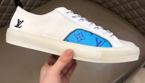 IMG 200904m 2581 cr 300x172 - Louis Vuitton Tattoo Men's Sneakers Top Quality
