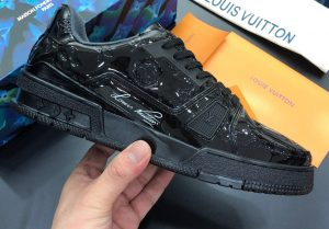 IMG 200910bb 6 cr 300x209 - Louis Vuitton LV Trainer Men's Sneakers Top Quality