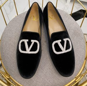 IMG 200919a 1031 cr 300x297 - Valentino Vlogo Loafers 2020