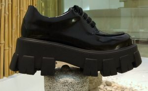 IMG 200922ss 1306 cr 300x185 - Prada Monolith Patent Leather Lace-up Shoes 2020